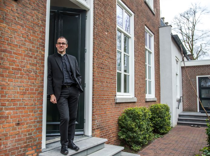 Nieuwe kapelaan Sacha Steijaert in Reusel