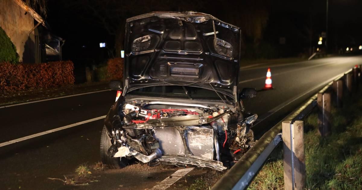 Ravage door ongeluk op Boxtelseweg in Schijndel.
