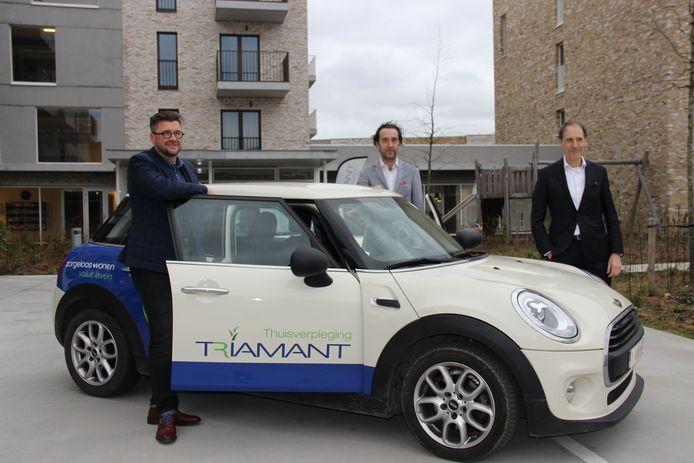 De auto's met Thuisverpleging Triamant zullen vanaf nu vaak te zien zijn in het straatbeeld.