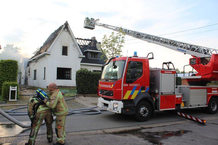 Toen brandweerzone Zuid West Limburg ter plaatse kwam bleek het al te gaan om een uitslaande brand.