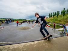 Mark (19) en zijn vrienden willen een minder moeilijk skatepark in Middelharnis