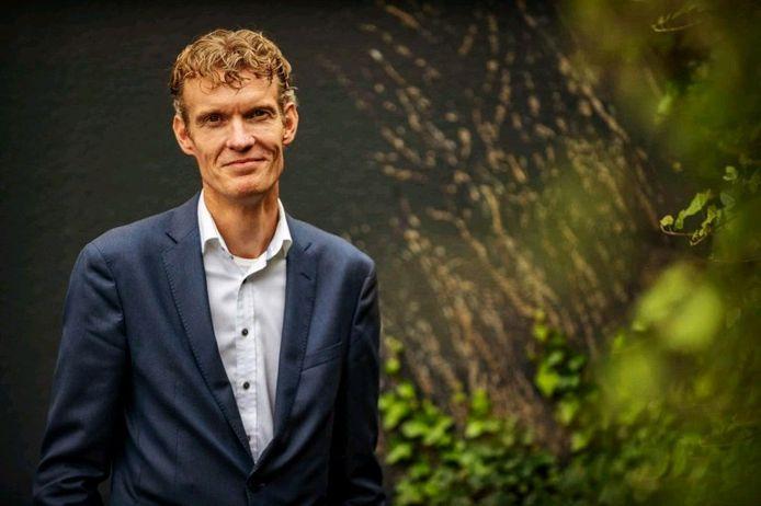 Jan-Kees van Wijnen, directeur zorg bij tanteLouise, had regelmatig contact met Veilig Thuis en Stichting Mentorschap West-Brabant over de inhoud van de game rond ouderenmishandeling.