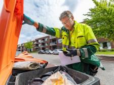 'Afval-agent' Mark snuffelt in containers op zoek naar fout vuilnis: 'Laatst trof ik een complete boiler aan'