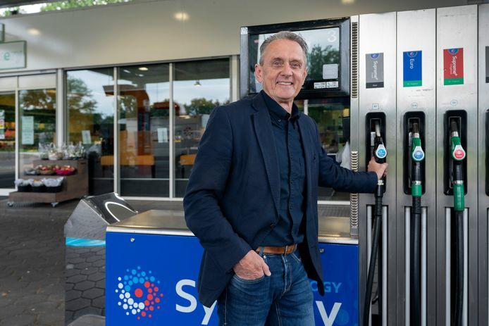Clemens van Hulten van het Esso-tankstation in Helvoirt.