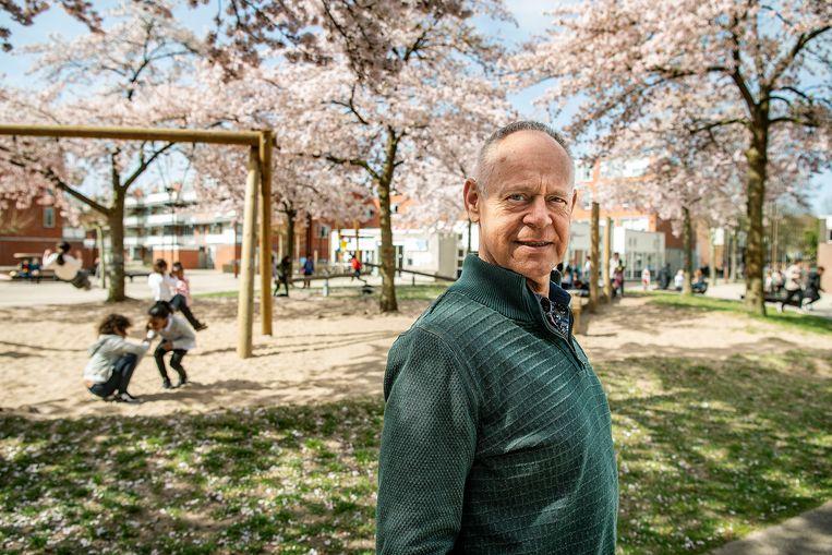 Directeur van basisschool Het Atelier, Jan Heijmans. Beeld Guus Dubbelman / de Volkskrant