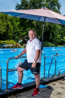 De eerste tropische dag van het jaar, maar het zwembad van badmeester Leo is uitverkocht