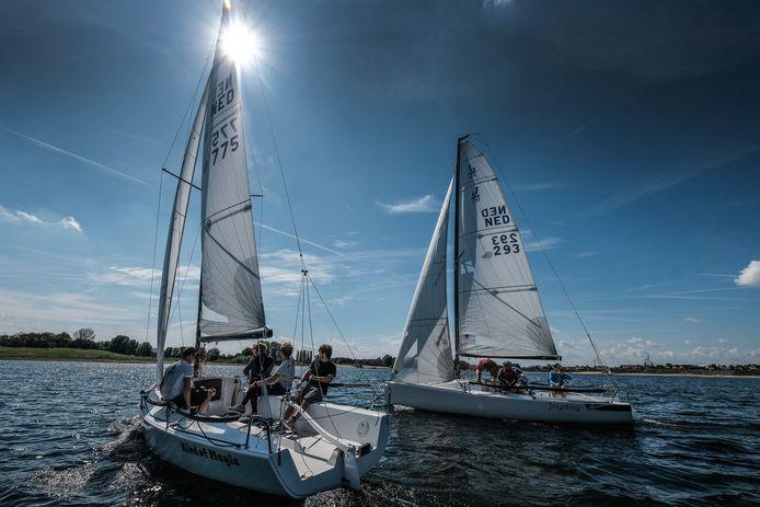 Zeilbootbemanning J70 gaat naar de Champions League.