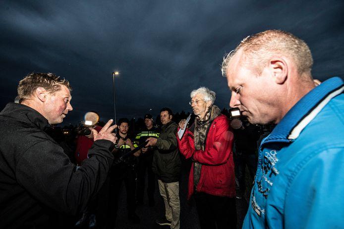 Boze boeren uit met name de Achterhoek zijn in Nijmegen in gesprek met Johan Vollenbroek.