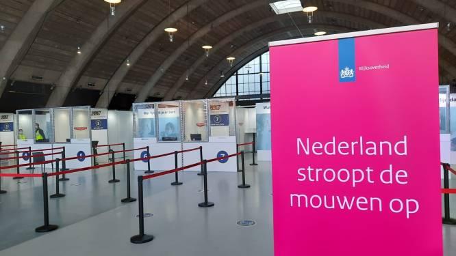 Zonder afspraak laten vaccineren bij Brabanthallen in mobiele unit