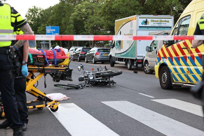 Bij het ongeval zijn twee mensen gewond geraakt.