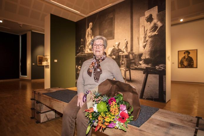 Hanny Schooneveld uit Aarle Rixtel is de 50.000e bezoeker van het Museum Helmond