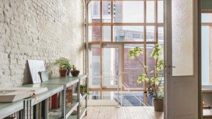 """Architecten recupereren oude materialen: """"Beschadigd parket schittert nu in dakserre"""""""