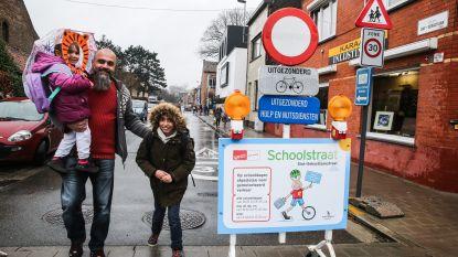 """Moeten scholen de straat afsluiten? """"Het verkeer wordt veiliger, kinderen fitter en de lucht properder"""""""
