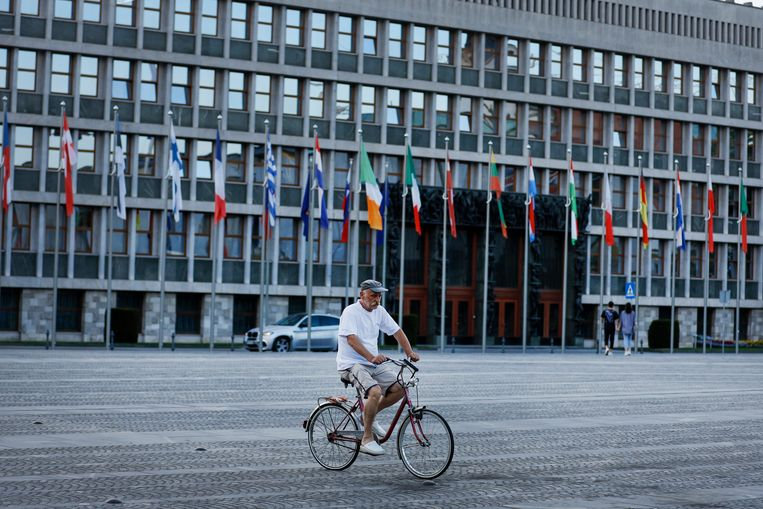 Het parlementsgebouw in de Sloveense hoofdstad Ljubljana. De herstelplannen van het land - de huidige EU-voorzitter - zijn goedgekeurd door Brussel, net als die van Kroatië, Litouwen en Cyprus. Beeld AP