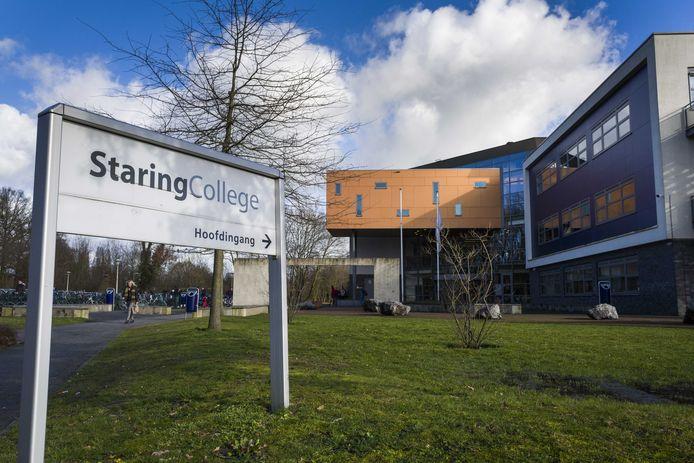 Exterieur van het Staring College in Lochem.
