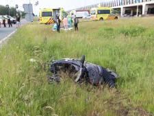 Scooterrijder zwaargewond bij botsing met auto in Veldhoven