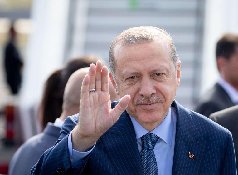 De Turkse president Erdogan bij zijn aankomst in Duitsland. Beeld Kay Nietfeld/dpa