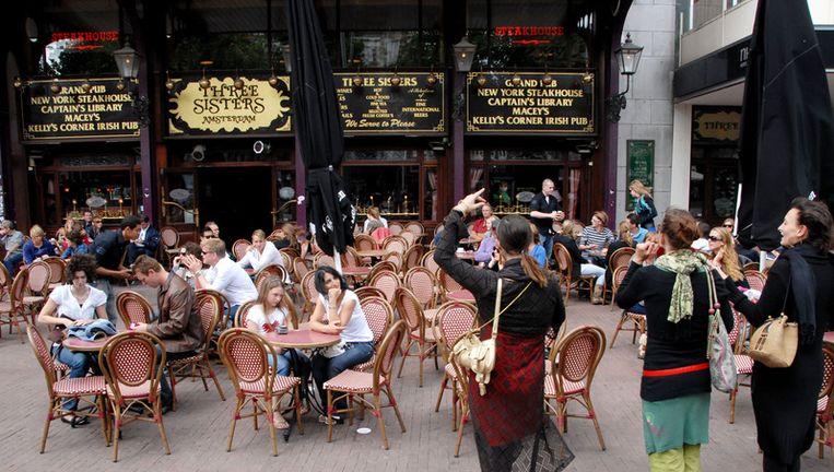 Cafe Three Sisters op het Amsterdamse Rembrandtplein, een van de Amstedamse horecagelegenheden die eigendom waren van Sjoerd Kooistra. Foto ANP Beeld