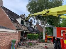 Dakdekker gewond bij brand in vier woonhuizen Nieuwegein
