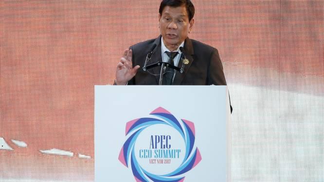Filipijnse president Duterte stak op 16-jarige leeftijd iemand dood en is er fier op