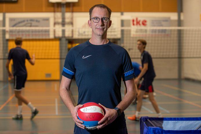 Hans Mater, trainer van VCV én bondscoach van het Nederlands zitvolleybalteam.