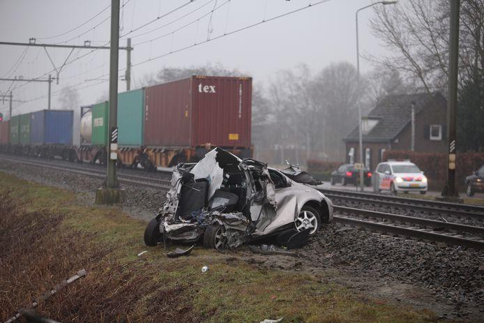 Martijn wist gelukkig net op tijd uit zijn auto te ontsnappen.