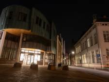 Wordt het 's avonds donkerder in Zutphen? Voorstel om onnodig licht in gebouwen tegen te gaan