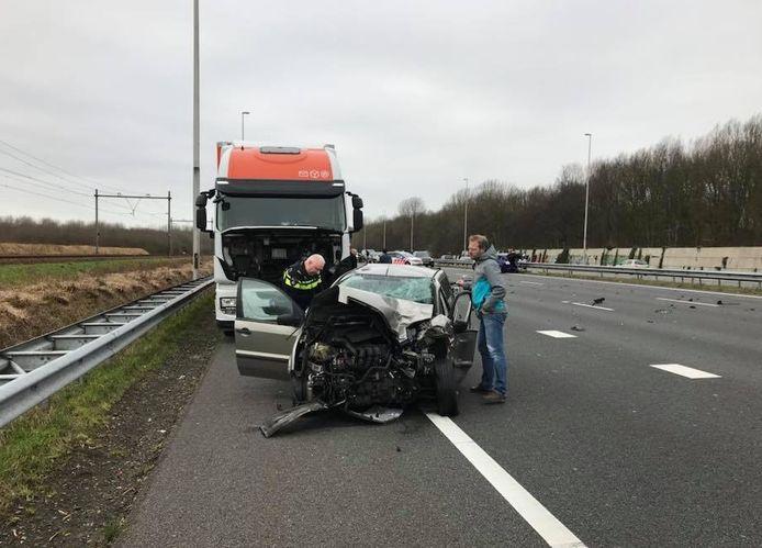 Karel Spang reed in zijn vrachtwagen voor Post NL