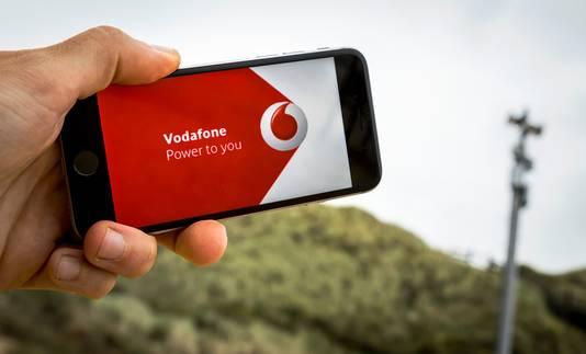 Een zogenaamde smartcell van telecomaanbieder Vodafone op het strand van Biggekerke.
