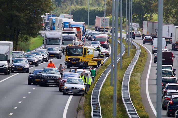 Een ongeval op de A73 ter hoogte van Cuijk, richting Nijmegen.