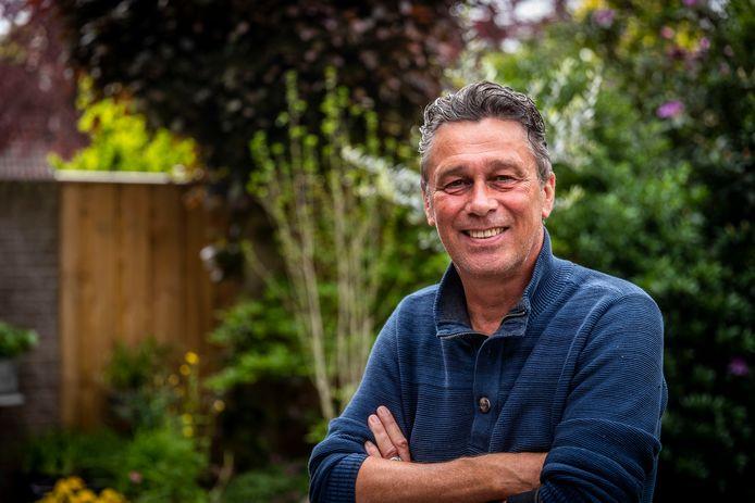 Henk van der Slik uit Eindhoven werkte veertig jaar voor defensie. Onder meer bij de Explosieven Opruimings Dienst