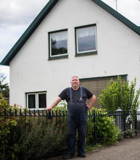 Kees Pluim woont naast de Oranjekazerne: 'Ik heb nooit ambities gehad om het leger in te gaan'