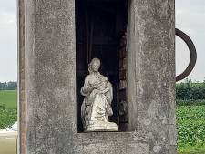Mariabeeld met kindje Jezus van sloop gered:  'Ze houdt nu druk verkeer op Wylerbaan in de gaten'
