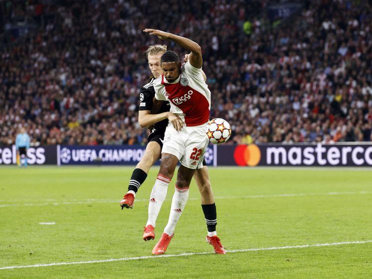 Haller maakt de 2-0 voor Ajax