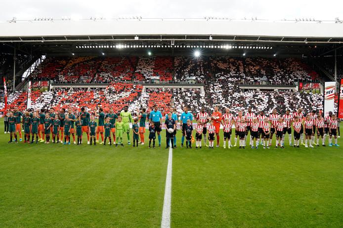Bijna vijf maanden na de vorige topper tussen PSV en Ajax in het Philips Stadion is de situatie bij PSV op een door niemand voorziene manier omgeslagen.
