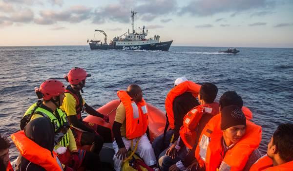 Hulpclubs op zee zitten klem