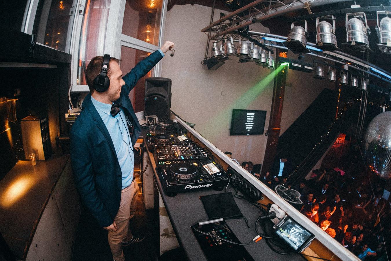 Archiefbeeld. DJ WOEFBASS trekt de komende weken Vlaanderen rond met zijn project.