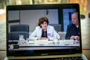 Rondetafelgesprek over de granulietstortingen in Den Haags met wethouder Ans Mol en Frans van Egmond van het Burgercomité Dreumelse Waard.