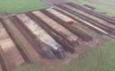 Opgravingen bij Medel: voor het onderzoek werden sleuven van tientallen meters lang gegraven.
