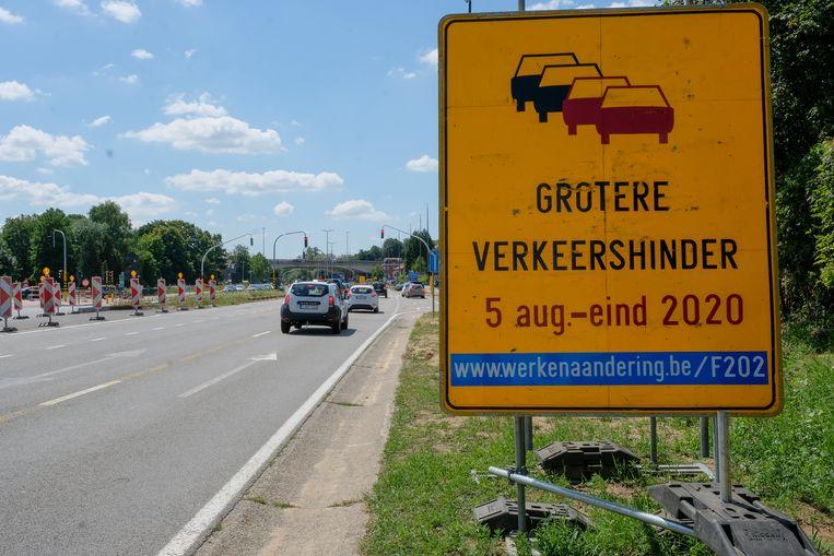 De werken aan het Woluwedal hervatten nu maandag. Verkeershinder is onvermijdelijk.