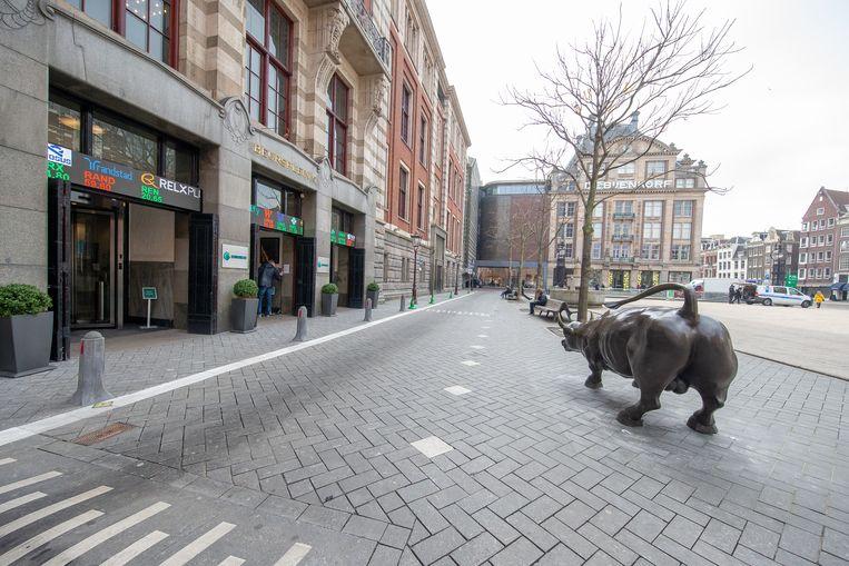Het beursgebouw op het Beursplein 5 in Amsterdam.  Beeld Hollandse Hoogte / Harold Versteeg