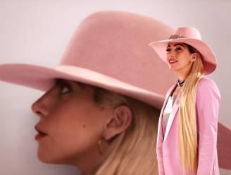 Lady Gaga krijgt gigantisch boeket voor haar verjaardag