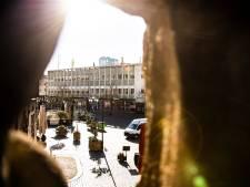 Zorgen over verbouwingsplannen oude V&D: 'De zon blijft schijnen op de Grote Markt'