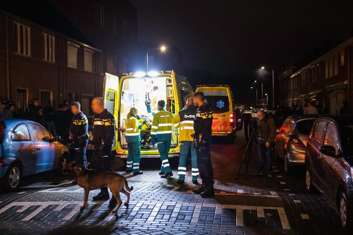 Chaos in de Korhoenstraat in Tilburg op 5 december 2018.