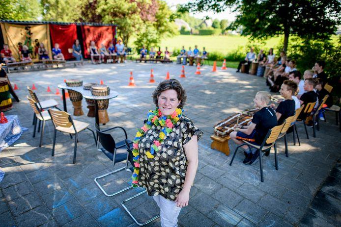 Directrice Marieke Meijerink viert dit jaar met haar basisschool De Marliaantjes in Marle het 100-jarig jublieum.