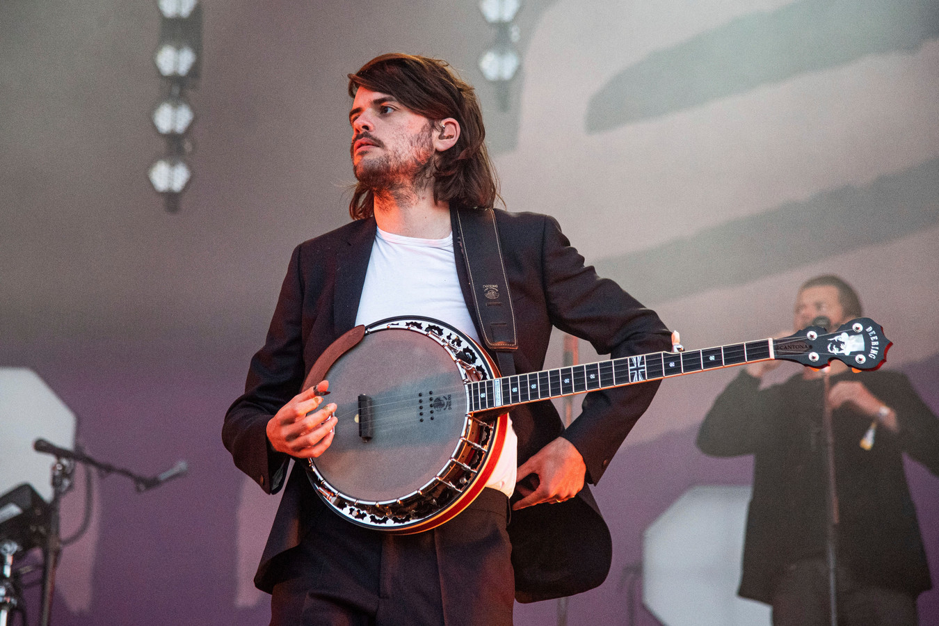 Winston Marshall tijdens een optreden in 2019