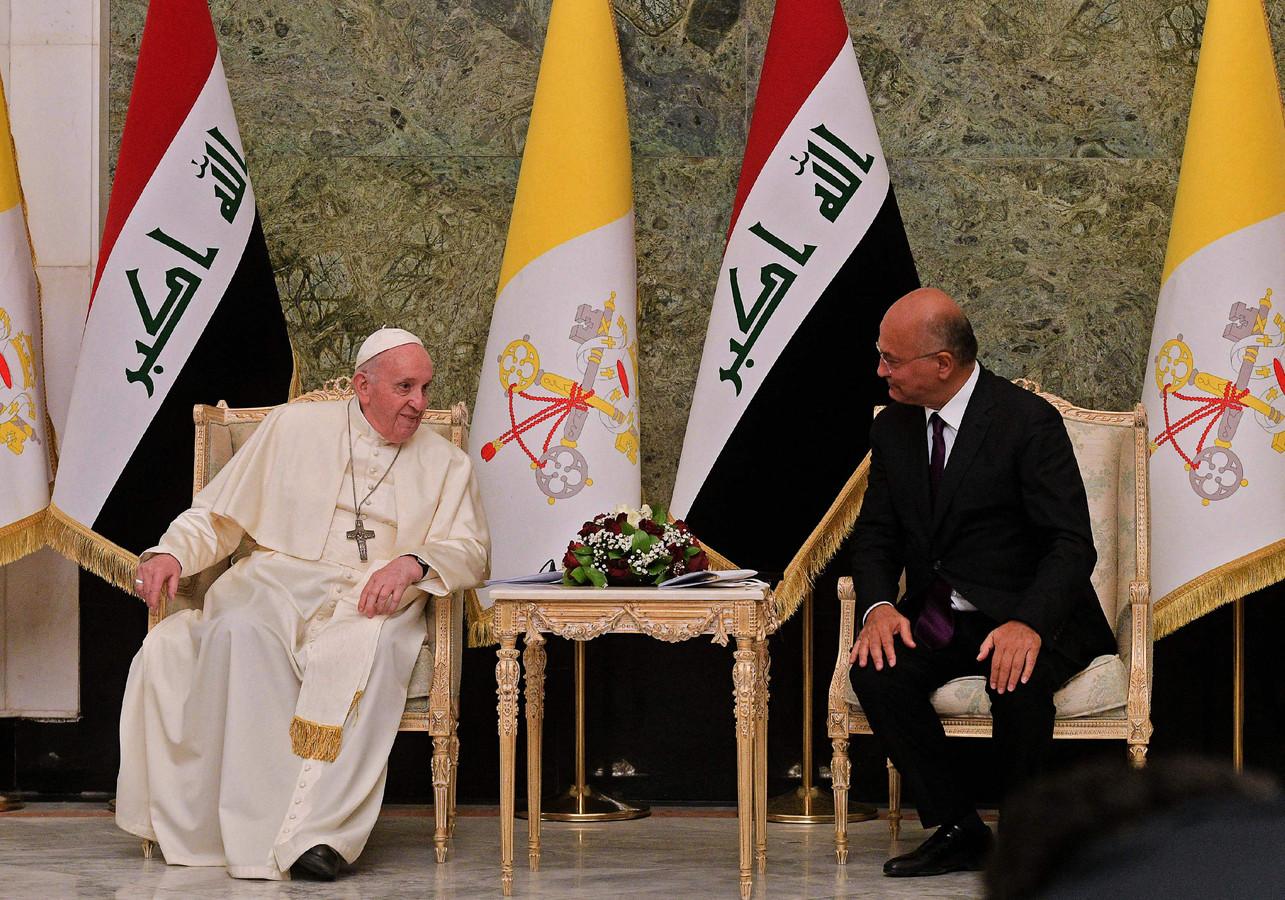 Paus Franciscus en president Barham Saleh