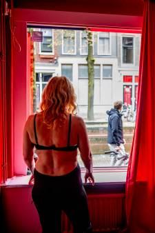 Moeder brengt autistische Niels regelmatig naar prostituee: 'Als ik mijn zoon gelukkig zie, ben ik dat ook'