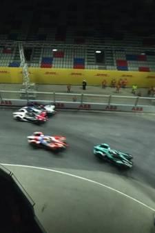 Frijns grijpt in Formule E naast punten maar blijft wel leider