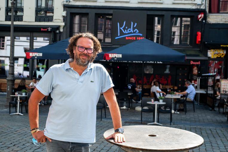 Kid's Rhythm 'n Blues Kaffee. Uitbater Baptist Van Emrik. Beeld Benoit De Freine